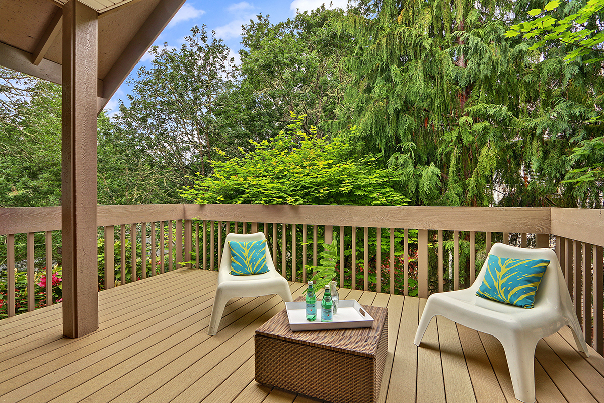 Deck - Outdoor Living Space