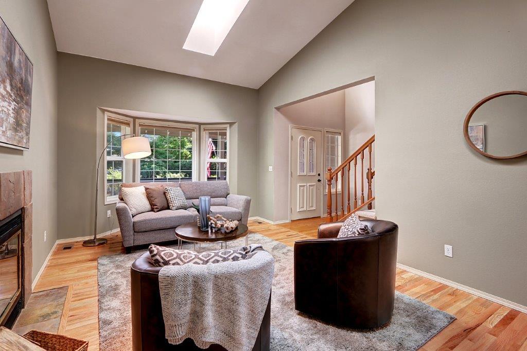 Living Room - 6703 79th St W