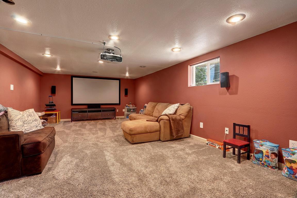 Media Room - 3608 E G