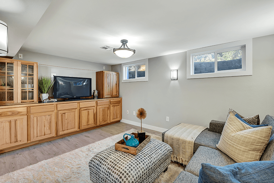 Check out the built-ins in this family room!
