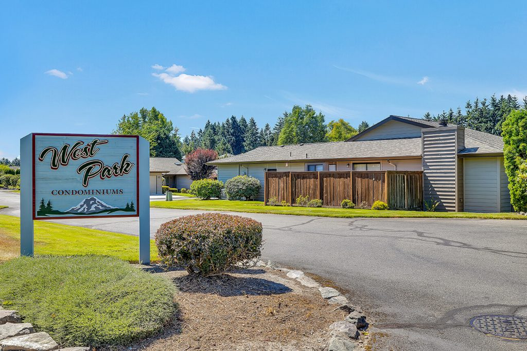 West Park is a well-maintained community that offers a clubhouse and RV parking on a limited basis. It is close to Trader Joe's, Whole Foods and Chambers Bay golf, walking trails and the off-leash dog park.